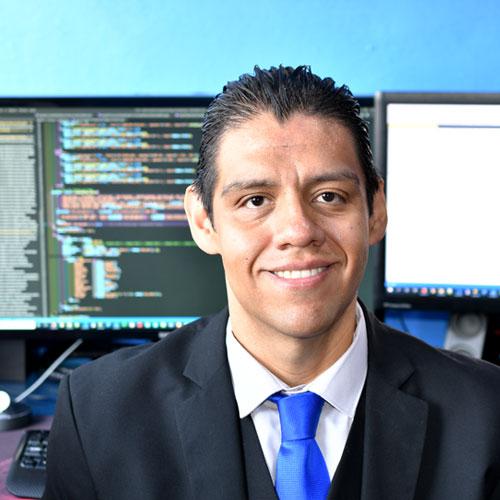 Lic. Miguel Pérez